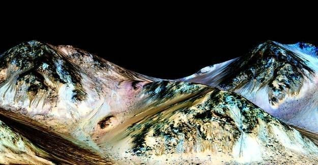 Scientists have discovered evidence for liquid salt water on the surface of Mars.