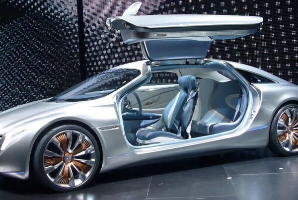 Mercedes Benz F-125!