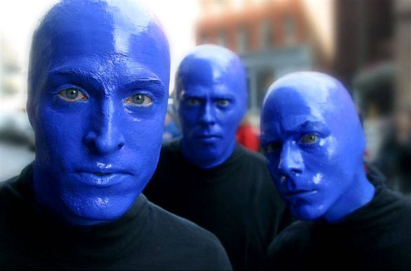 Studies have shown that women tend to be attracted to men who wear blue